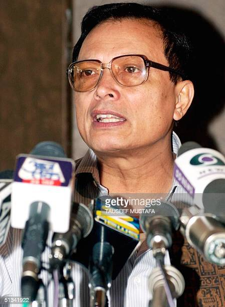 India's chief election commissioner J.M. Lyngdoh speaks 17 June 2002 at a press conference in Srinagar. Lyngdoh warned security forces they face...