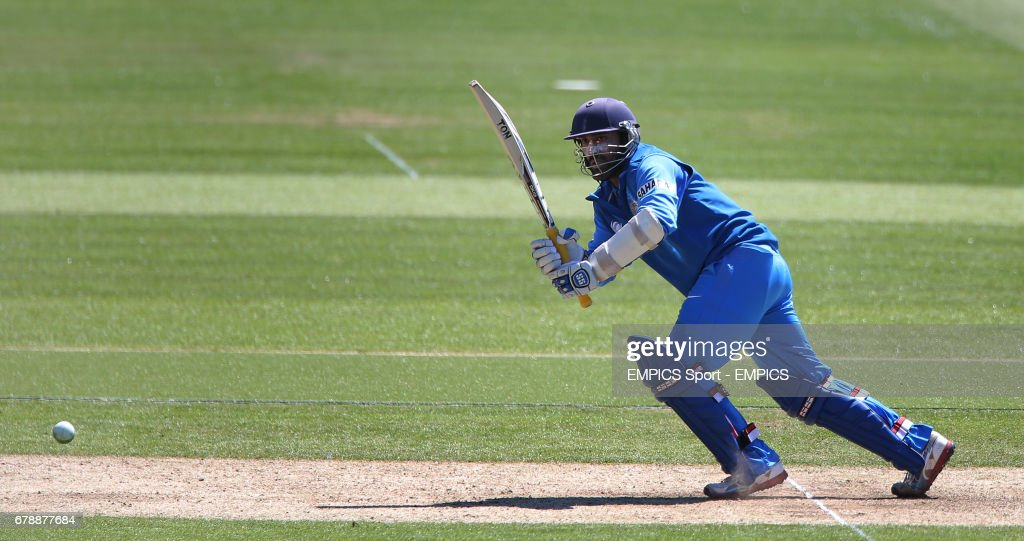 Cricket - ICC Champions Trophy - Warm Up Match - Australia v India - SWALEC Stadium : News Photo