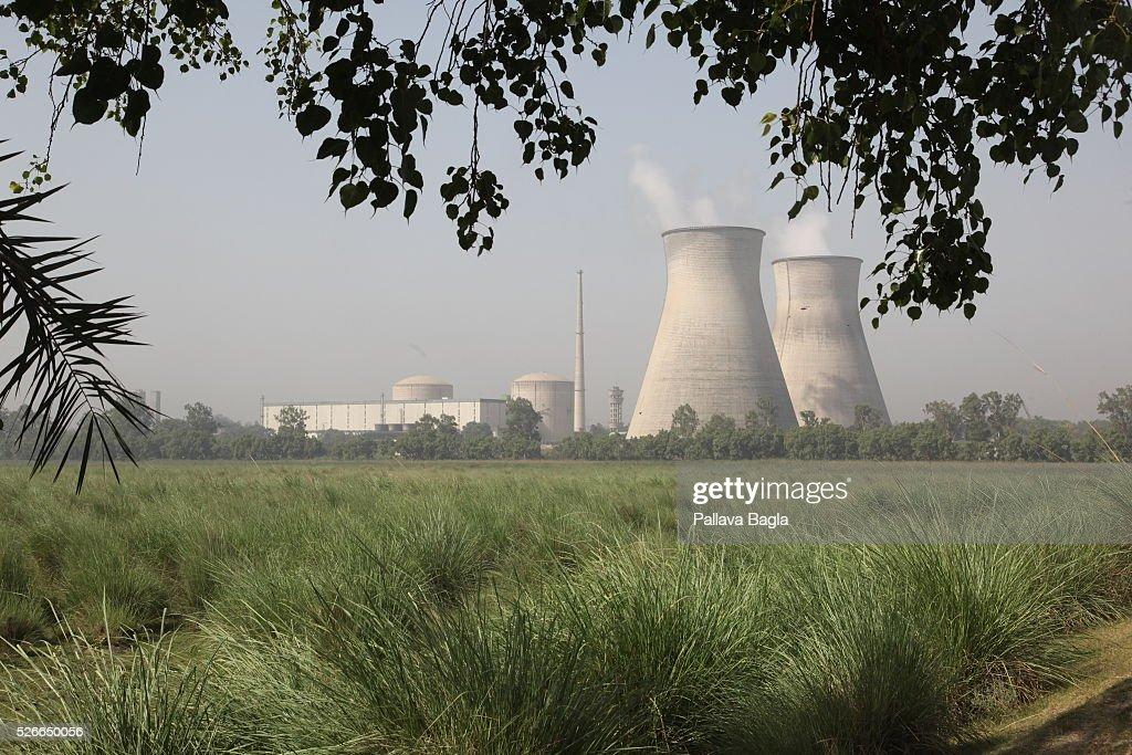 India's nuclear reactor on the River Ganga : News Photo