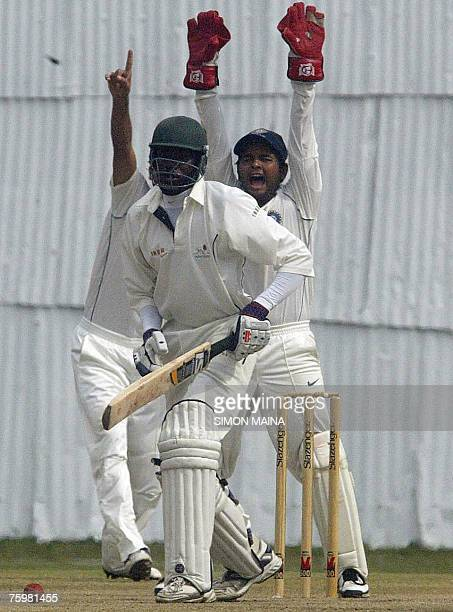 India's wicketkeeper Parthiv Patel unsuccessfully appeals against Kenya's batsman Colins Obuya 06 August 2007 during their threeday match at...