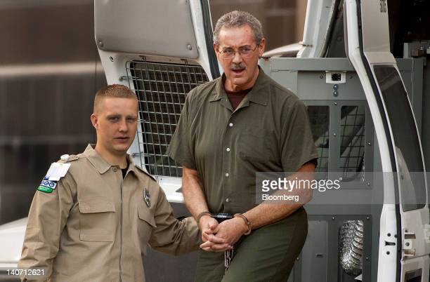 Indicted financier R Allen Stanford accused of leading a $7 billion investment fraud scheme right arrives at the Bob Casey Federal Courthouse in...