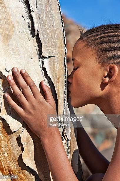 indigenous bushman/san from namibia - namibia fotografías e imágenes de stock