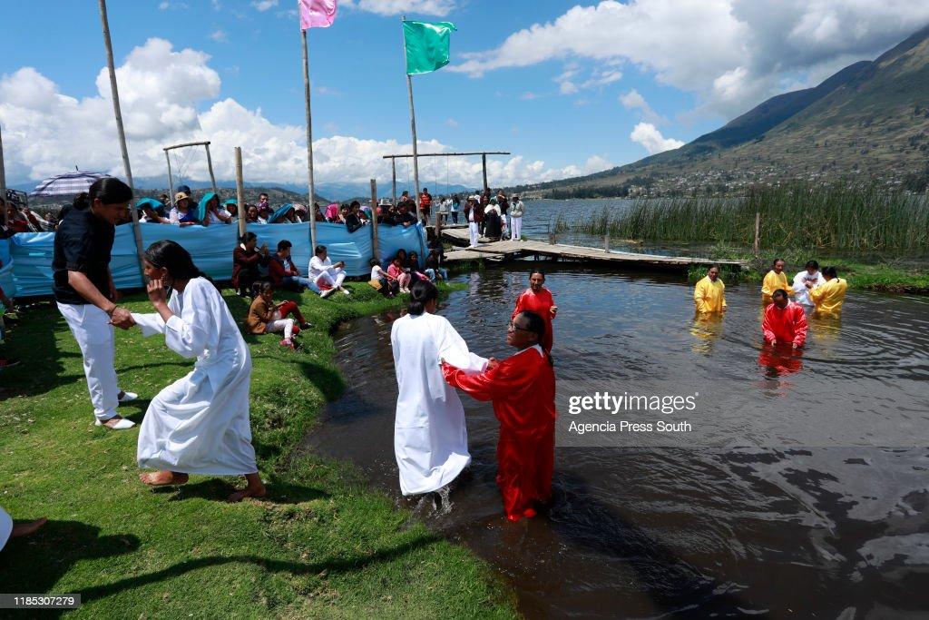 Indigenous Christians Baptism Ceremony : News Photo