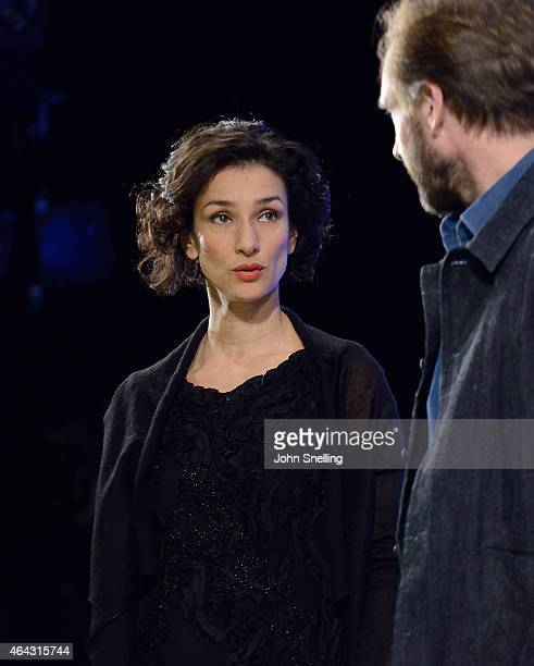 Indira Varma as Ann Whitefield and Ralph Fiennes as Jack Tanner during a dress rehearsal for 'Man and Superman' by George Bernard Shaw at The...