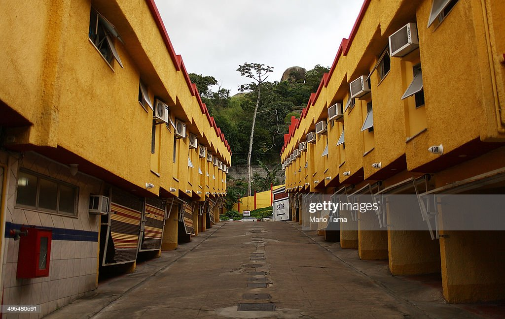 Rio's Hourly 'Love Motels' Offer Alternative For World Cup Soccer Tourists Amid City's Hotel Shortage : News Photo