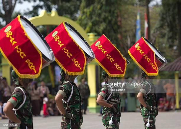Indonesia army band perform during the 68th anniversary commemoration of the Indonesian Military or TNI on October 5, 2013 in Bintan Island,...