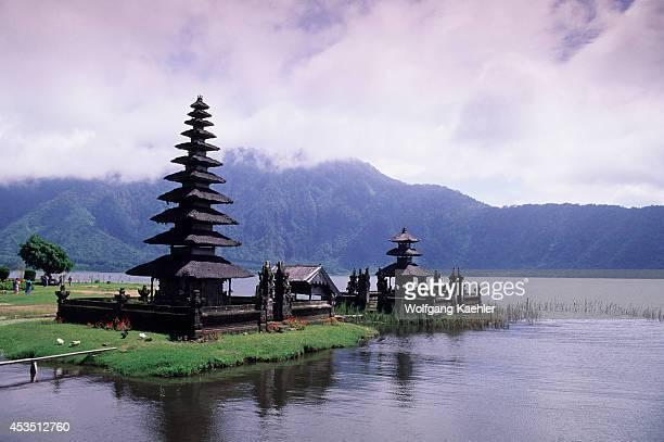 Indonesia Bali Lake Bratan Temple Of Ulu Danu