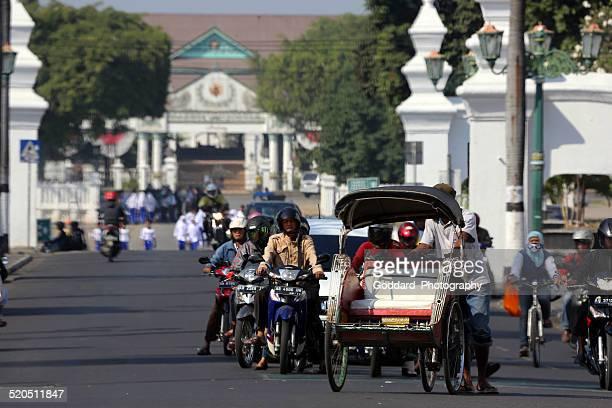 indonesia: traffic in yogyakarta - yogyakarta stock pictures, royalty-free photos & images
