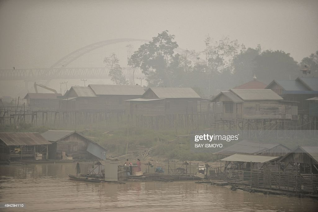 INDONESIA-MALAYSIA-SINGAPORE-ENVIRONMENT-HAZE : News Photo
