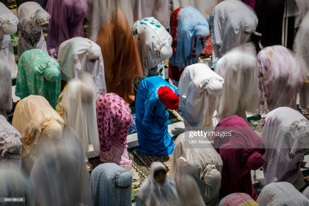 Indonesian muslims perform prayers known as Tarawih at Grand mosque on May 16, 2018 in Surabaya, Indonesia. Indonesia will begin observing Ramadan on Thursday where millions of Muslims begin the fasting from dawn-to-dusk for a month. For the Islamic State group, Ramadan has become a strategic time to strike as Indonesians faced an uptick of violence linked to the terrorist group during gruesome attacks at three churches and a police station around Surabaya which involved using children as suicide bombers.