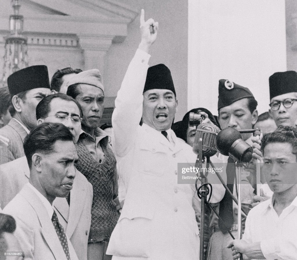 Indonesian President Achmad Sukarno Calming down Protesters : News Photo
