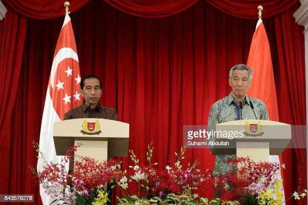 Indonesian President Joko Widodo and Singapore Prime Minister, Lee Hsien Loong attend the Joint Press Conference at the Istana on September 7, 2017...