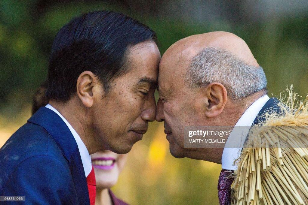 Maori People Greeting