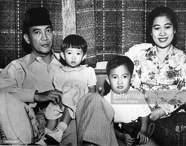 Indonesian President Sukarno Posing With His Wife Fatmawati His Son Guntur And His Daughter Megawati On December 26Th 1949