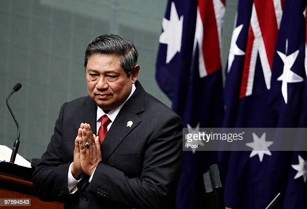 Indonesian President Susilo Bambang Yudhoyono gestures after an address to a joint session of Australia's Parliament in Canberra March 10 2010 The...