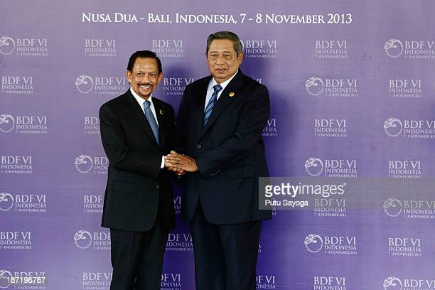 Indonesian President Susilo Bambang Yudhoyono greets HM Sultan Hassanal Bolkiah of Brunei Darussalam during Bali Democracy Forum on November 7 2013...