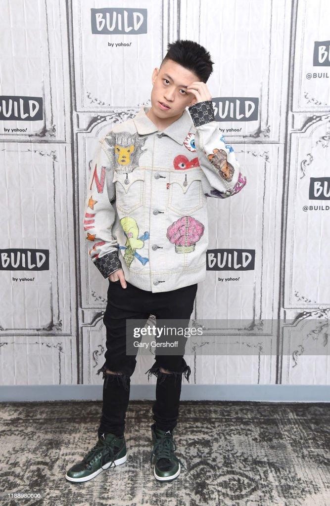 Celebrities Visit Build - November 20, 2019 : News Photo