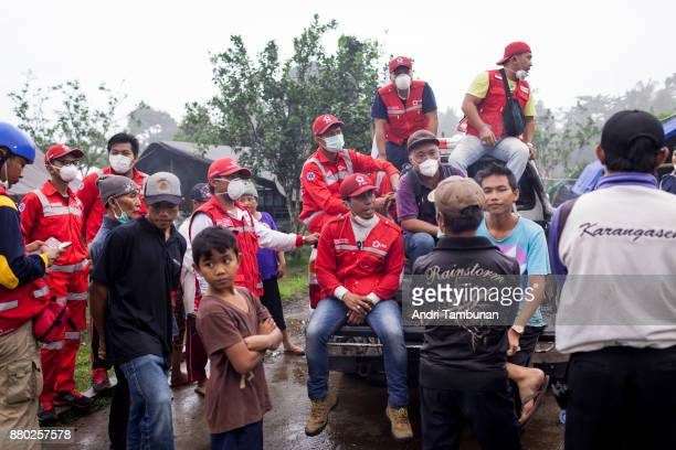 KARANGASEM BALI INDONESIA NOVEMBER 27 Indonesian Red Cross and evacuees at Rendang Evacuation Center on November 27 2017 in Karangasem Island of Bali...