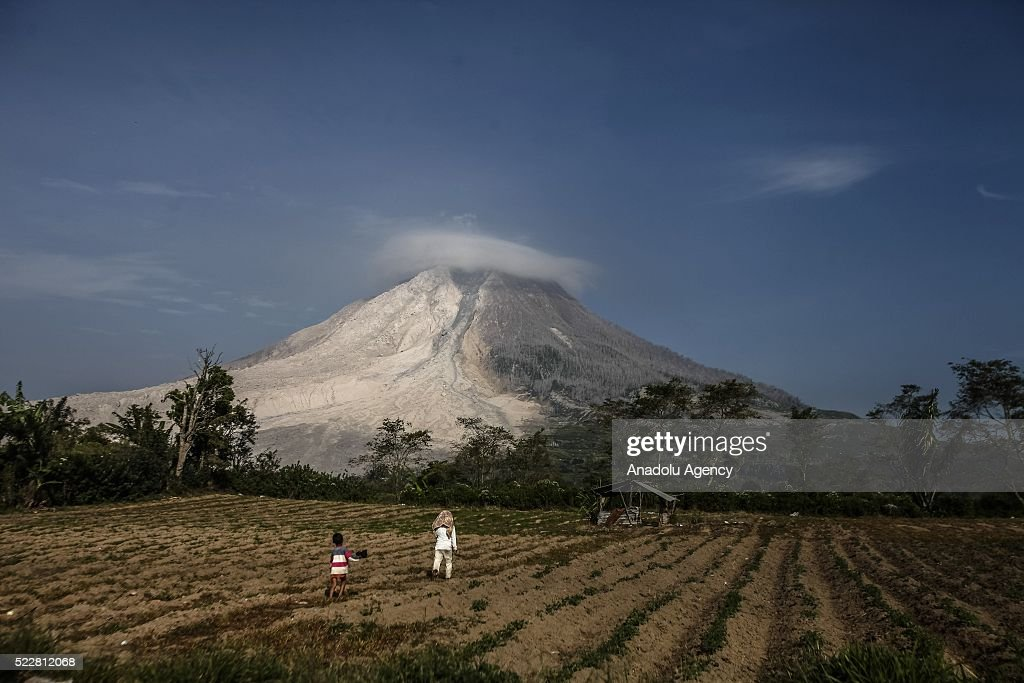 Karo As sinabung volcano erupts in indonesia pictures getty images