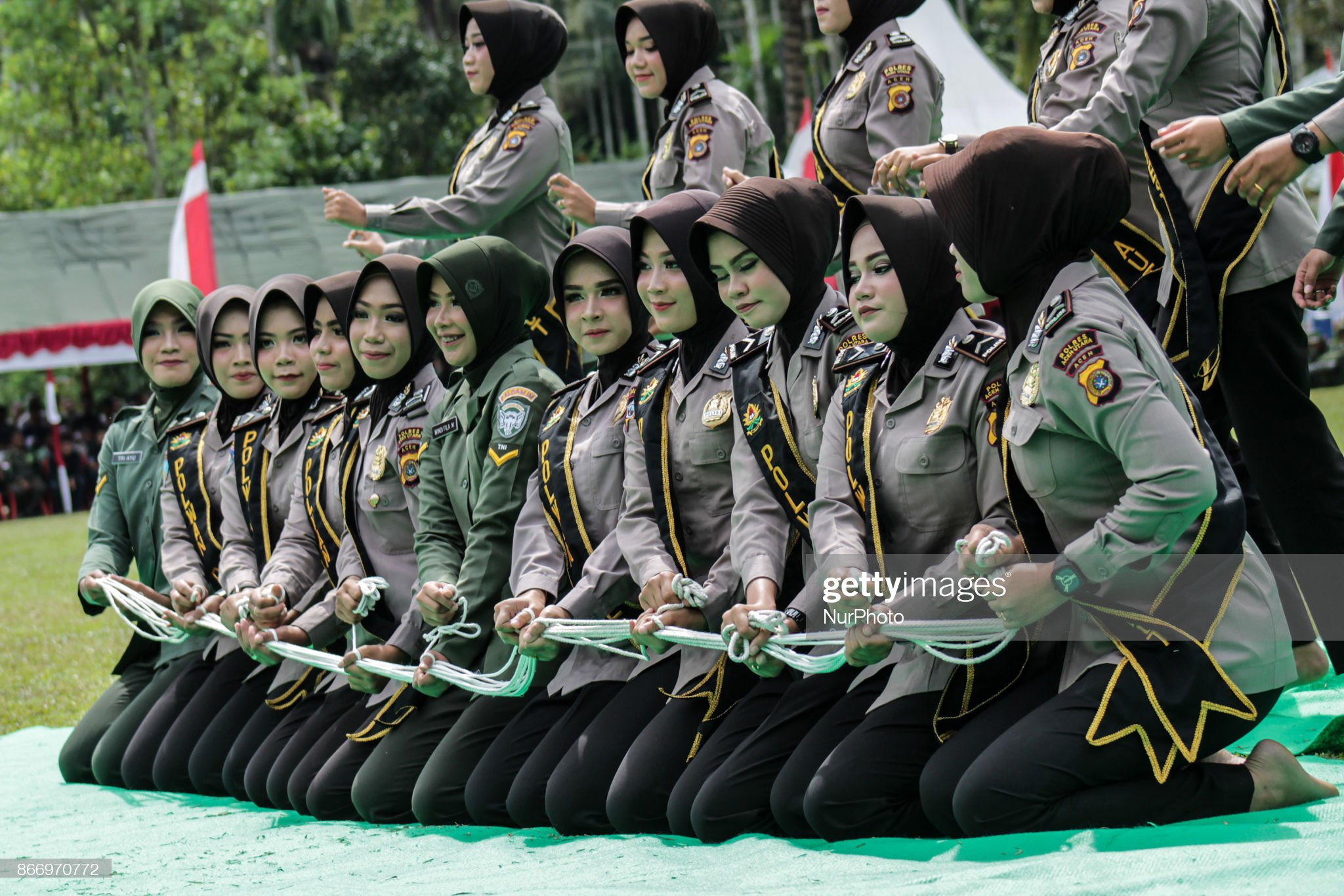 https://media.gettyimages.com/photos/indonesian-womens-police-officers-and-womens-soldiers-took-part-on-a-picture-id866970772?s=2048x2048