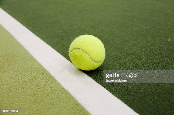 Indoor tennis auf der Linie