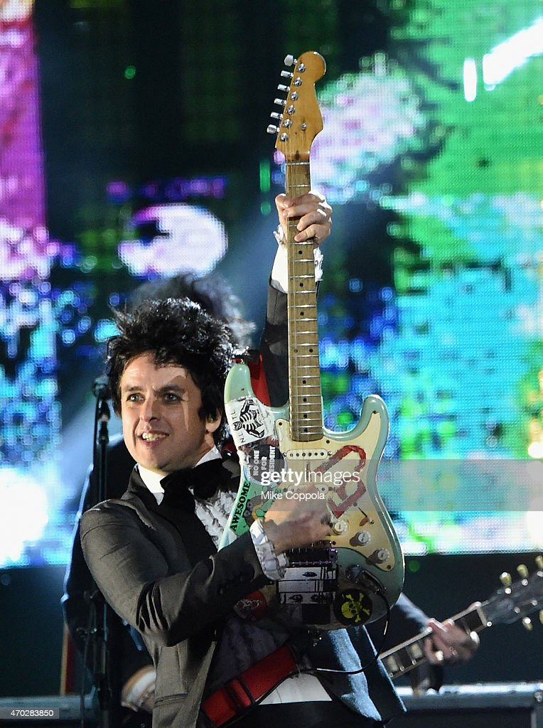 Inductee Billie Joe Armstrong of Green Day performs onstage during the 30th Annual Rock And Roll Hall Of Fame Induction Ceremony at Public Hall on April 18, 2015 in Cleveland, Ohio.