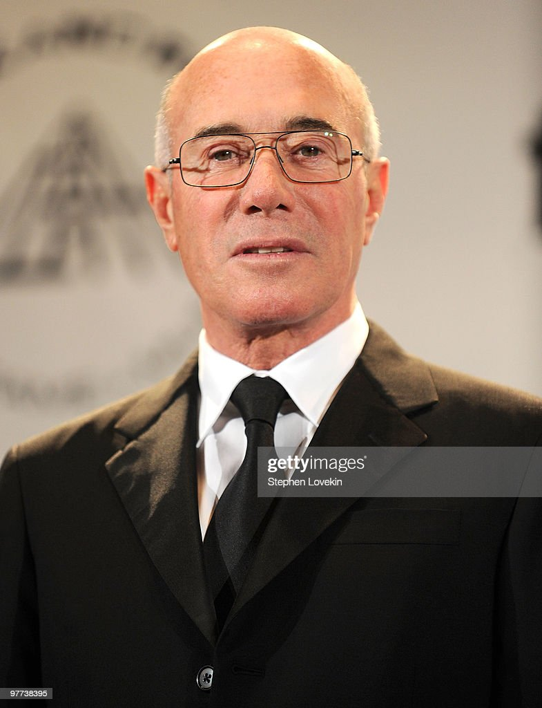 Inductee David Geffen attends the 25th Anniversary Rock & Roll Hall of Fame 2010 induction ceremony at The Waldorf Astoria Hotel on March 15, 2010 in New York City.