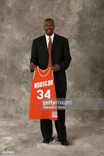 Inductee Hakeem Olajuwon poses for a portrait on September 5 2008 at the Springfield Sheraton in Springfield Massachusetts NOTE TO USER User...