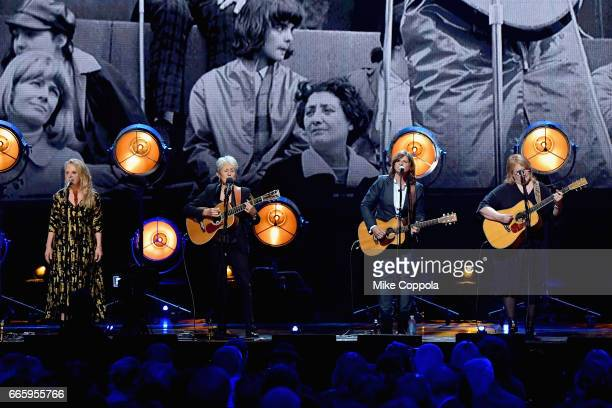 Inductee Joan Baez performs with Mary Chapin Carpenter and Amy Ray and Emily Saliers of Indigo Girls onstage at the 32nd Annual Rock Roll Hall Of...