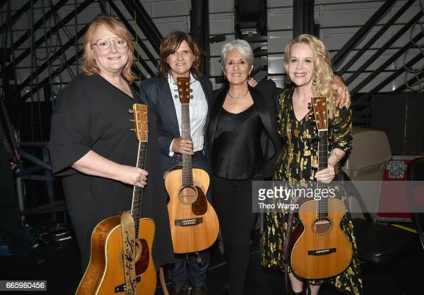 Inductee Joan Baez poses with Emily Saliers and Amy Ray of Indigo Girls and Mary Chapin Carpenter backstage at the 32nd Annual Rock Roll Hall Of Fame...