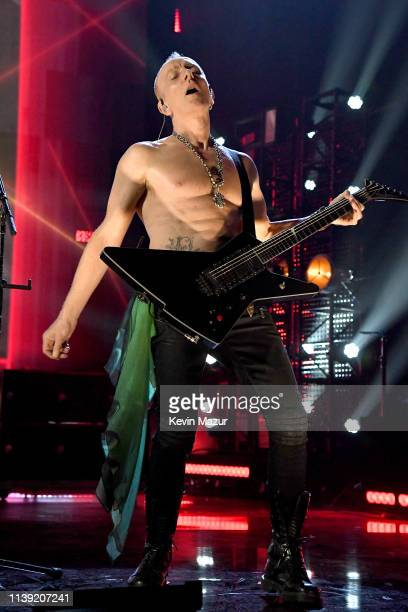 Inductee Phil Collen of Def Leppard performs at the 2019 Rock & Roll Hall Of Fame Induction Ceremony - Show at Barclays Center on March 29, 2019 in...