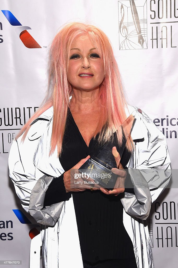 Songwriters Hall Of Fame 46th Annual Induction And Awards - Backstage : News Photo