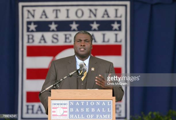 Inductee Tony Gwynn gives his acceptance speech at Clark Sports Center during the Baseball Hall of Fame induction ceremony on July 29, 2007 in...