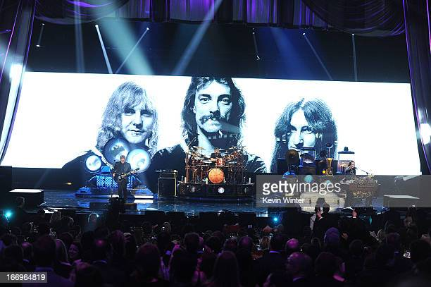Inductees Alex Lifeson Neil Peart and Geddy Lee of Rush perform onstage at the 28th Annual Rock and Roll Hall of Fame Induction Ceremony at Nokia...
