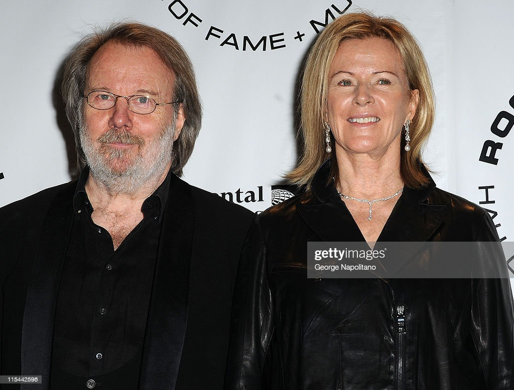 25th Annual Rock And Roll Hall Of Fame Induction Ceremony - Press Room : News Photo