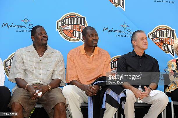 Inductees Patrick Ewing Hakeem Olajuwon and Pat Riley takes in the Class of 2008 Pep Rally on September 5 2008 at City Hall in Springfield...