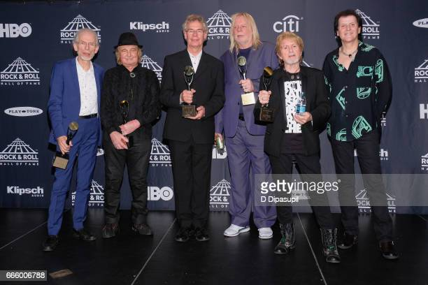 Inductees Steve Howe Alan White Bill Bruford Rick Wakeman Jon Anderson and Travor Rabin attend the Press Room of the 32nd Annual Rock Roll Hall Of...