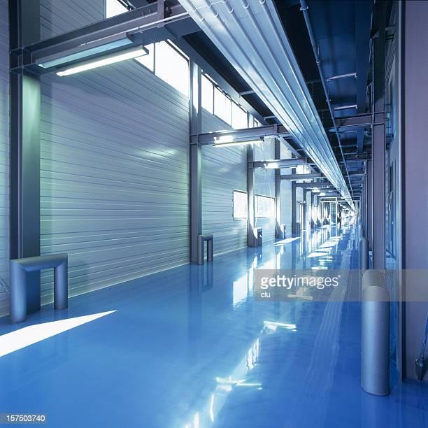 工業用建物のフロアー、ブルー