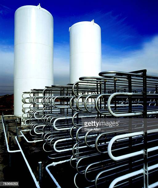 Industrial cryogenic heat exchanger