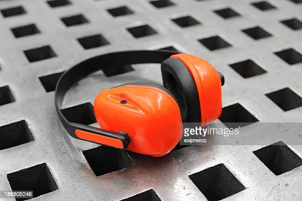 Industrial noise cancellation headphones for ear protection