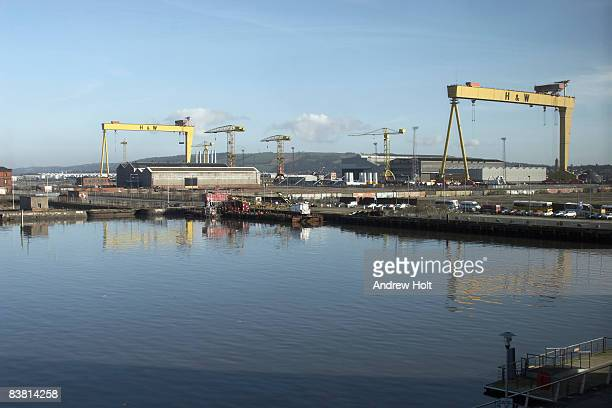 industrial shipping harbour belfast ireland - belfast stock pictures, royalty-free photos & images