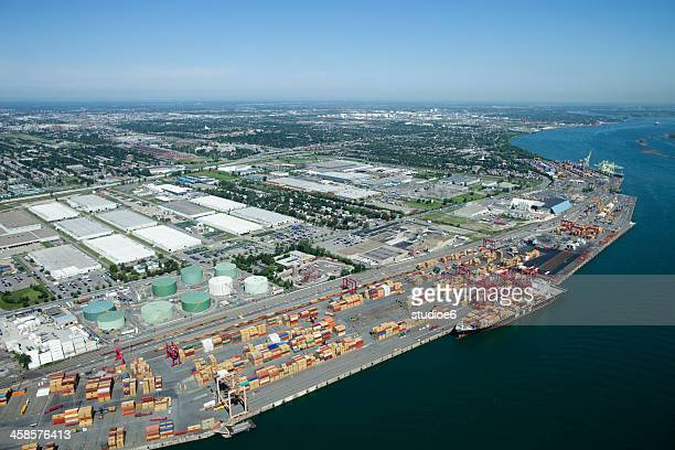 industrial shipping ports - montréal stock pictures, royalty-free photos & images