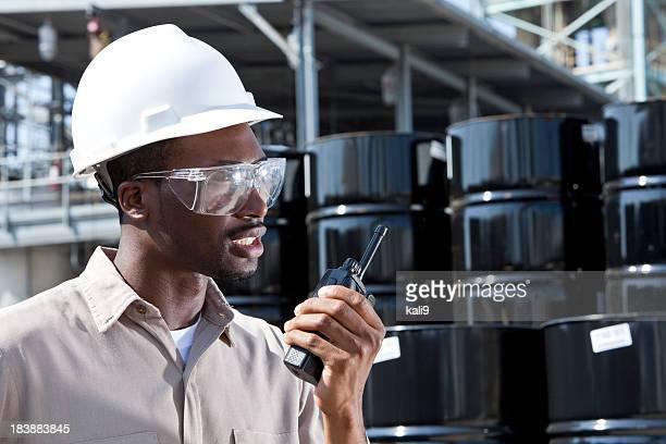 Ouvrier industriel de talkie-walkie