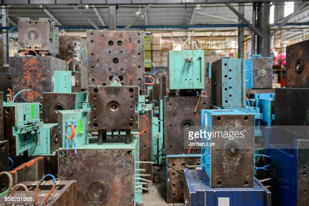 industries metal mold - molding a shape stock pictures, royalty-free photos & images