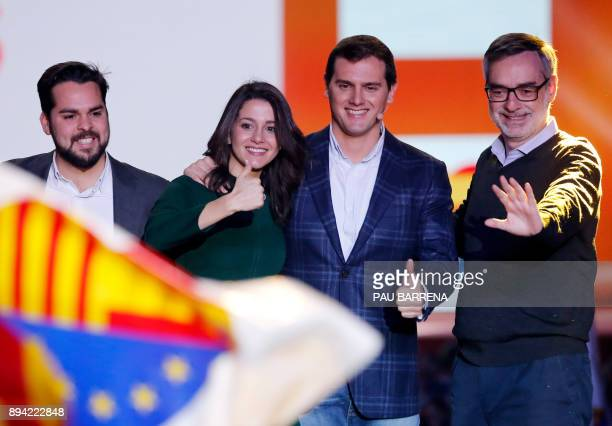 Ines Arrimadas centerright party Ciudadanos candidate for the upcoming Catalan regional election and leader of Ciudadanos Albert Rivera thumb up...