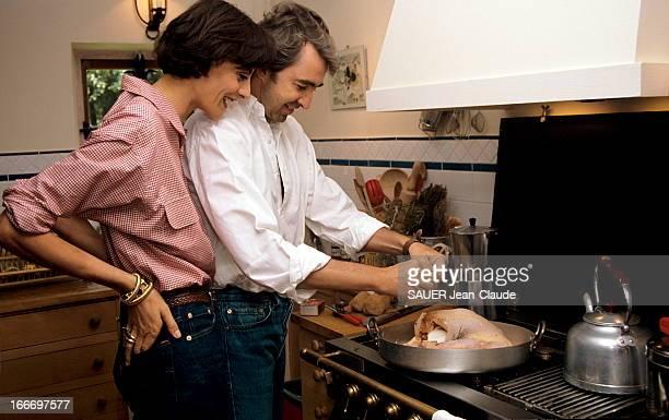 Ines De La Fressange And Her Husband Luigi D'Urso In Normandy. Août 1992 - Inès DE LA FRESSANGE et son mari Luigi D'URSO accueillent Paris Match en...