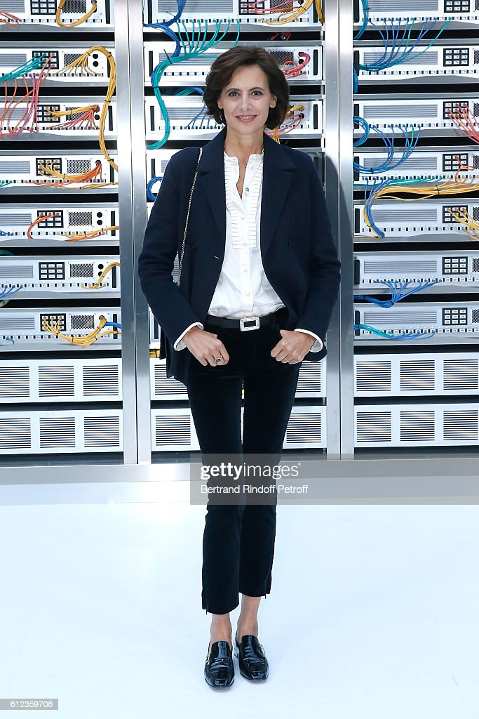 Ines de la Fressange attends the Chanel show as part of the Paris Fashion Week Womenswear Spring/Summer 2017 on October 4, 2016 in Paris, France.