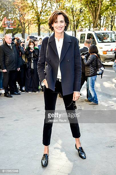 Ines de la Fressange is seen arriving at Chanel Fashion show during Paris Fashion Week Spring/Summer 2017 on October 4 2016 in Paris France
