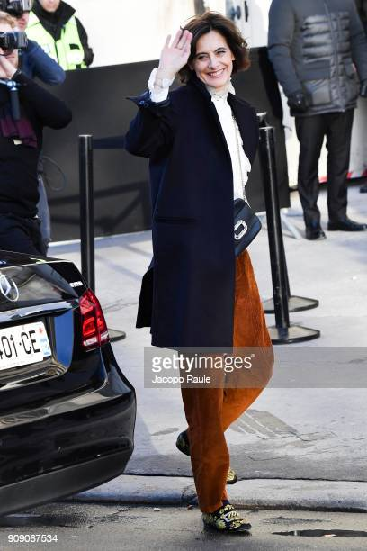 Ines De La Fressange is seen arriving at Chanel Fashion show during Paris Fashion Week Haute Couture Spring/Summer 2018 on January 23 2018 in Paris...