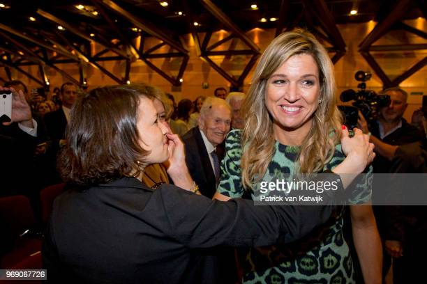 Ines Zorreguieta with her sister of Queen Maxima of Netherlands on October 11 2016 in Amsterdam Netherlands